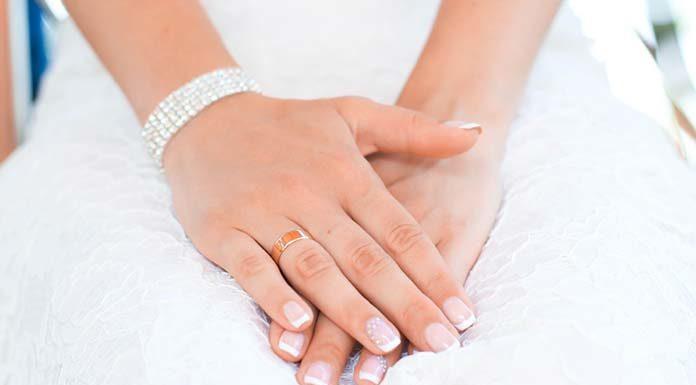 Co należy wiedzieć o manicure hybrydowym?